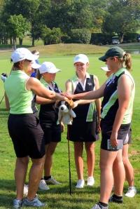 Sarah Varsity Golf GGCL tourney at Weatherwax 2013-09-011 (2)